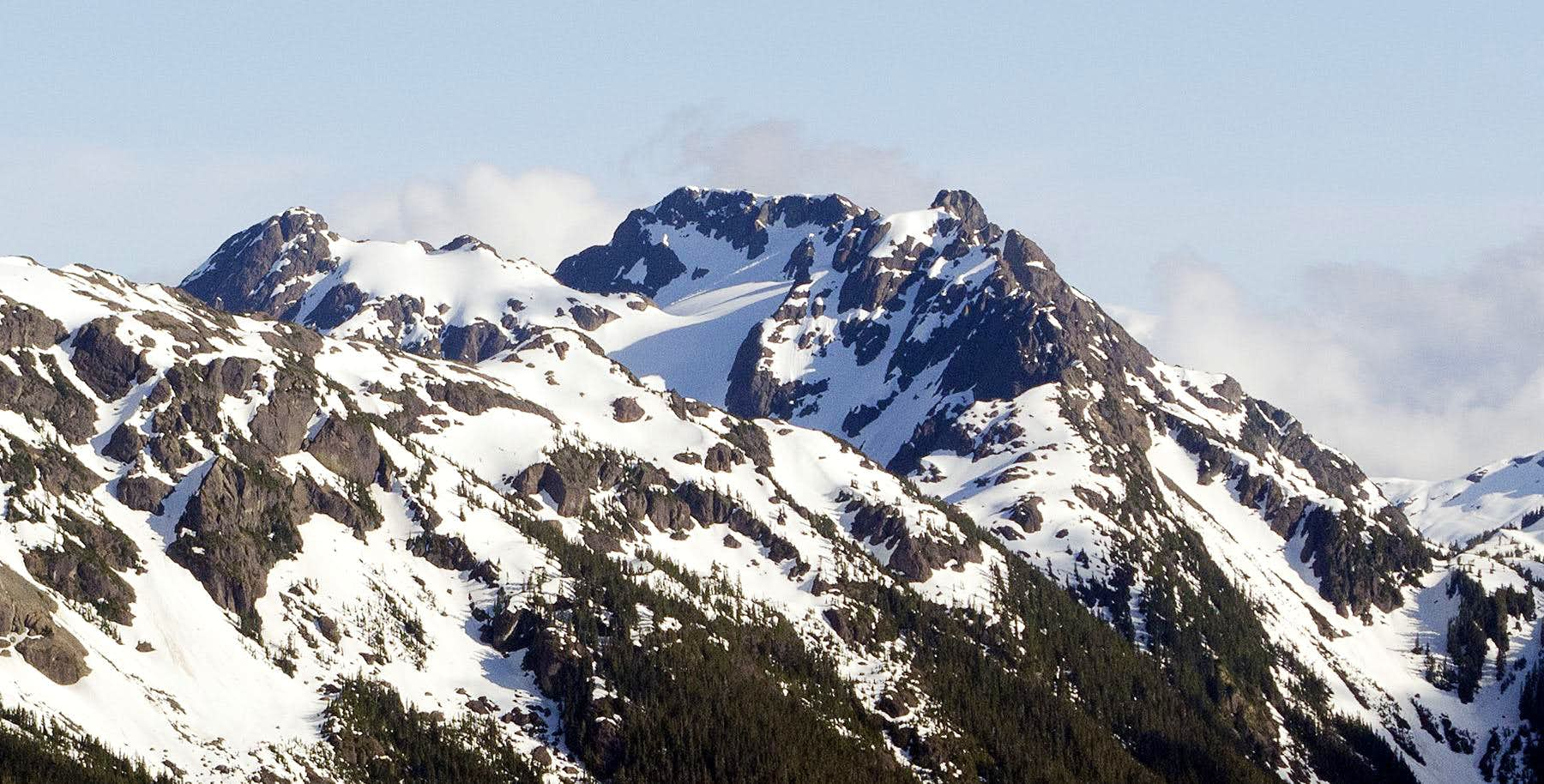 El Piveto Mountain