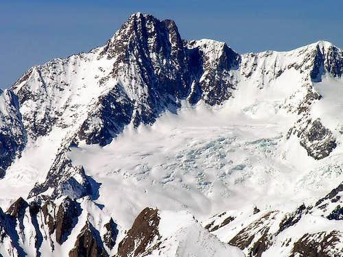 L'aiguille des Glaciers (3817...