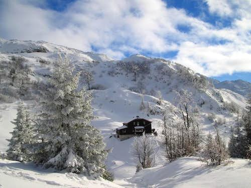 Stanari hut in the winter...