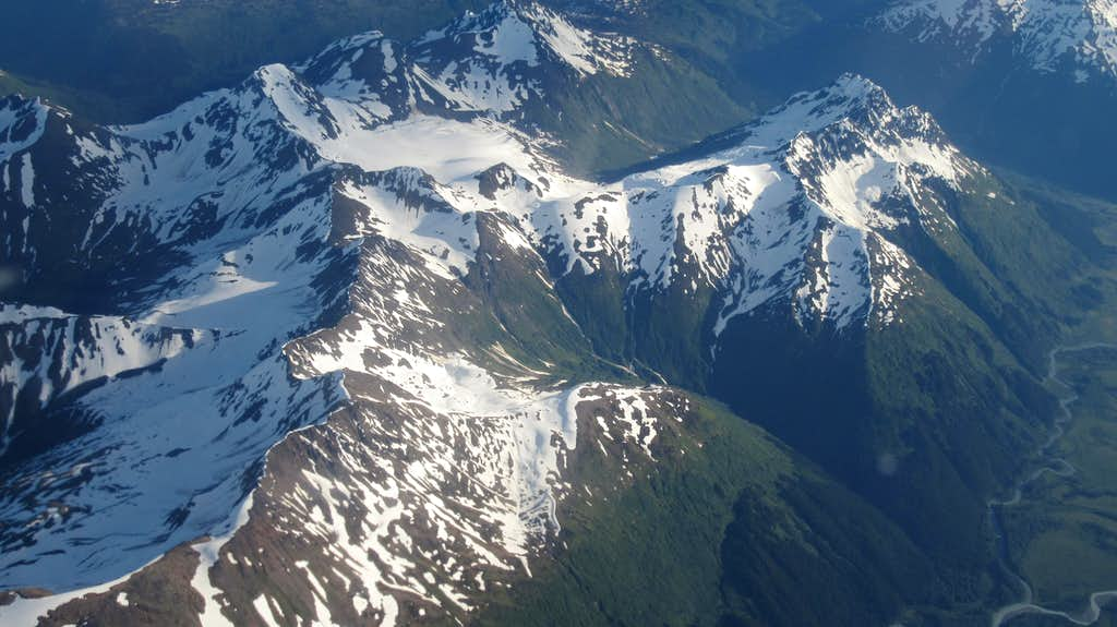 Chugach Mountains from the plane into Anchorage