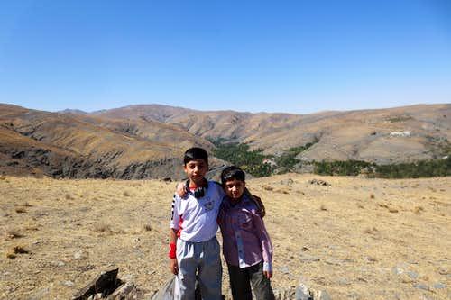 صعود به قله سنگ چین ازغد20-6-94