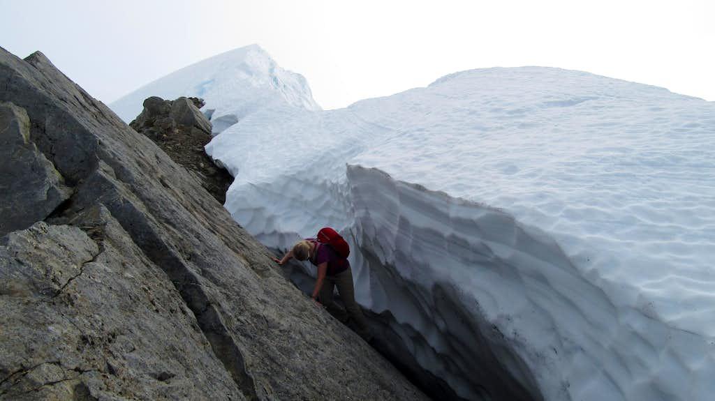 Jayme scrambling a moat near the summit of Jatt Peak