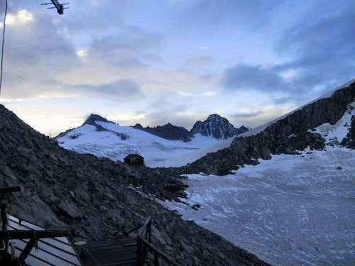 Sunrise at Rif.Lobbia Alta...