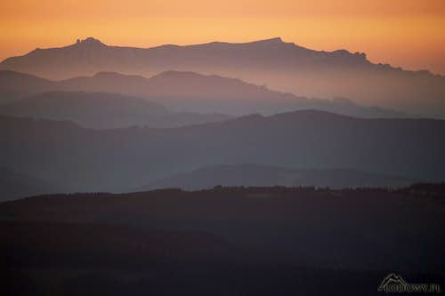 Ceahlau mountains at dawn