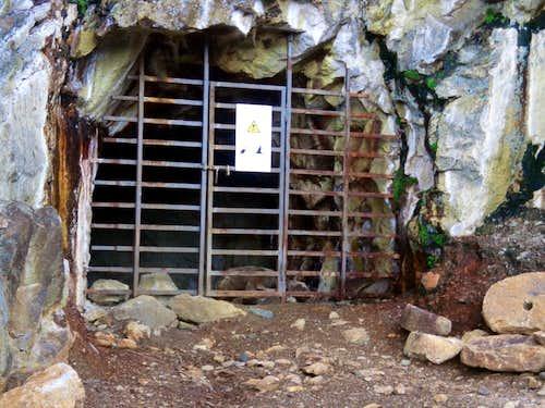 Area/ b (paths) entrance of secon Servette mine 2015