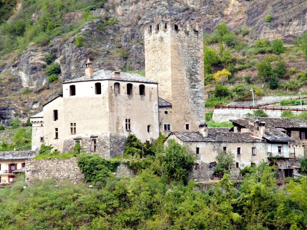 (Salassi Via) Avise Castle & Tower from State Road 2015