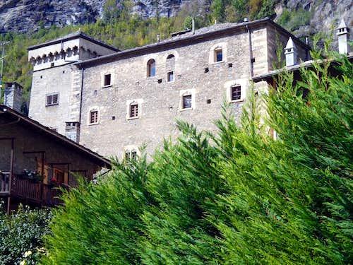 (Salassians Via) Built by Avise Lords 1492 Castle 2015