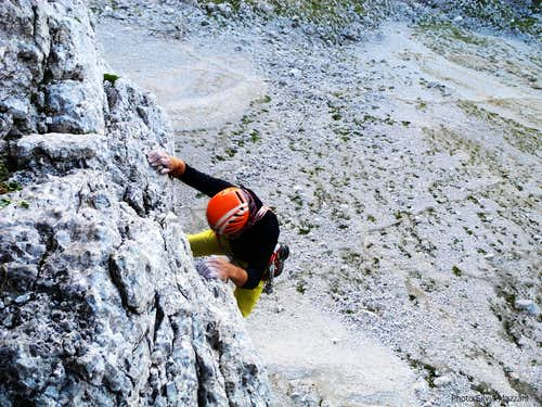 A climber on Kasnapoff first pitch