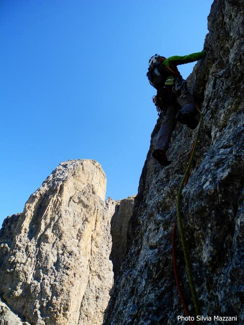 Fine wall on Kasnapoff upper section, II Torre del Sella