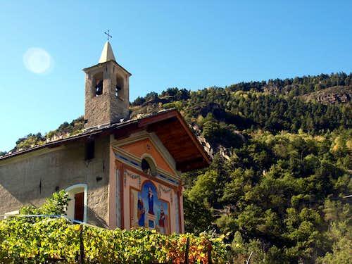 (Valgrisa ...) La Ravoire Chapel above Leverogne 2015