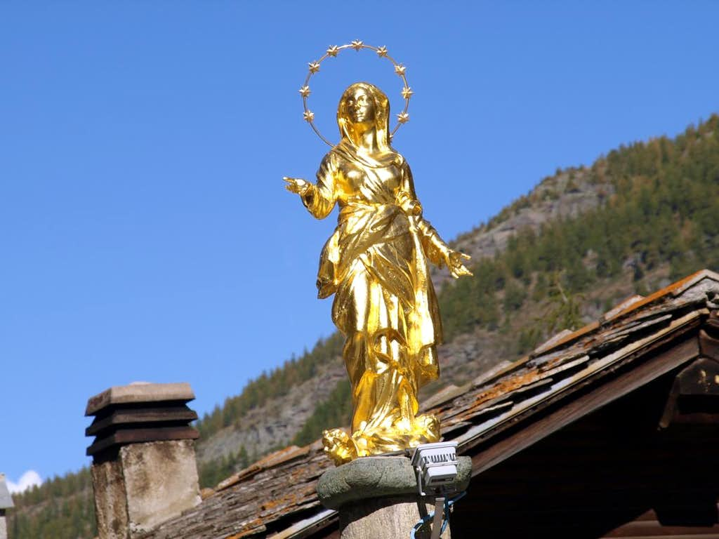 Madonna golden memory of the Marian Year 2015