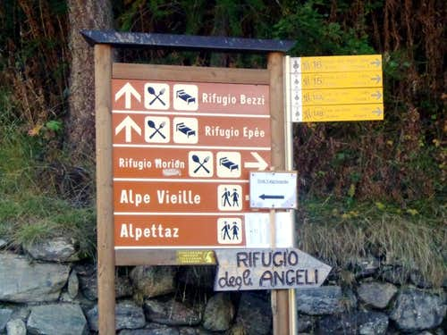 (Valgrisenche) Triple Route towards three Shelters 2015
