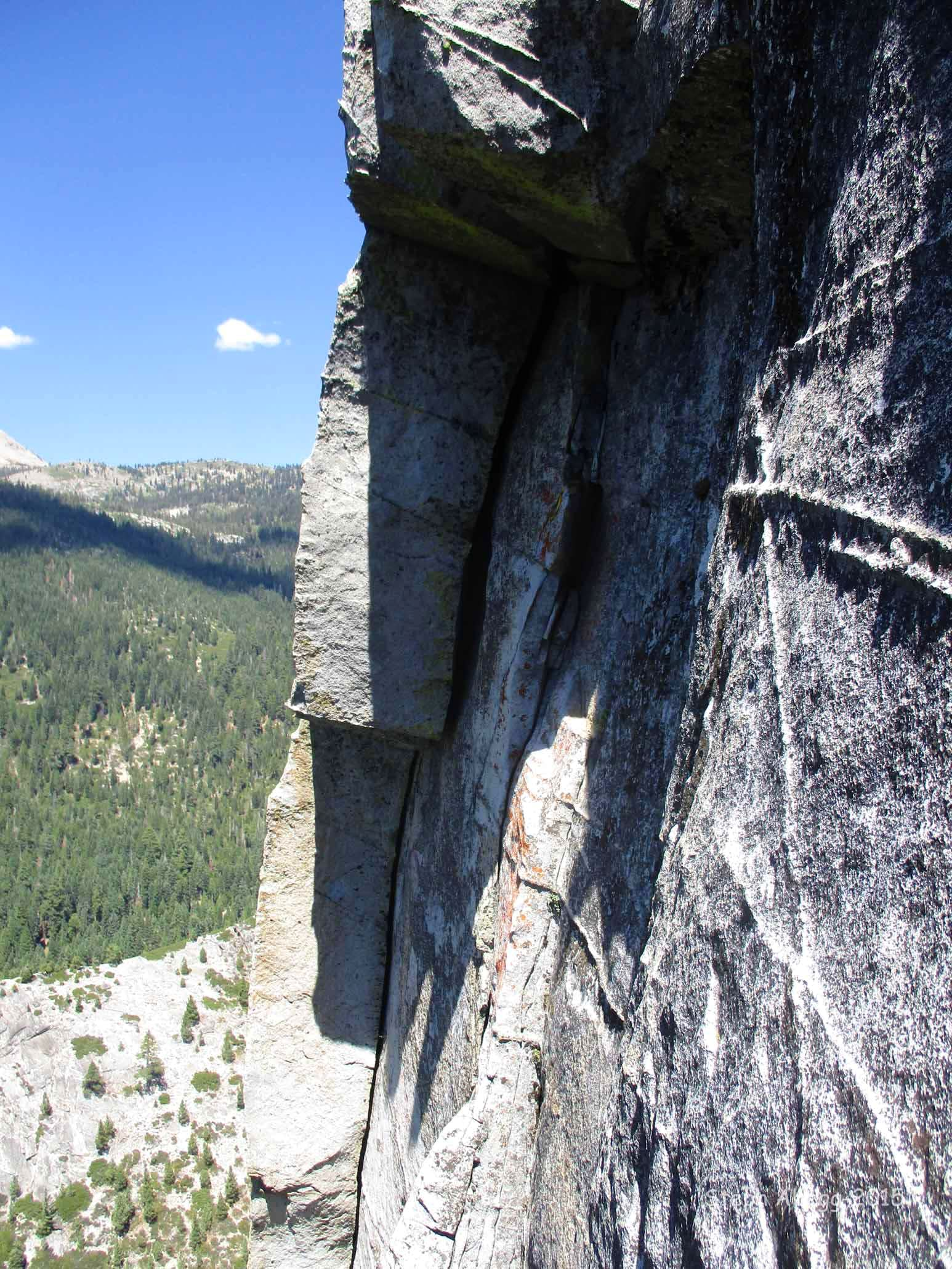 Vanishing Point, 5.10b, 3 Pitches