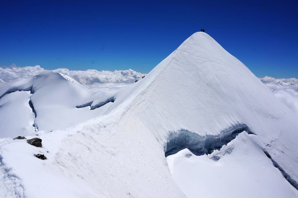 Climbers on Castor (13864 ft / 4226 m)