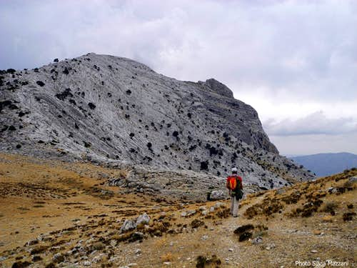 The descent route getting Forcella Sovana