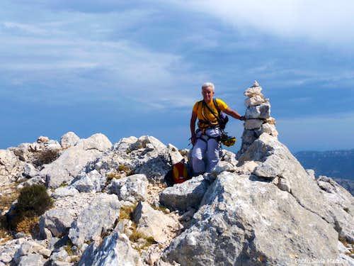 Cusidore summit cairn