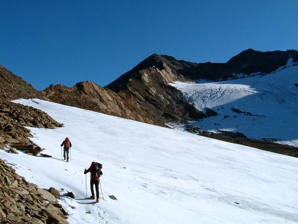 Snow fields along Pizzo Tresero Normal route