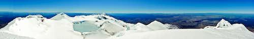 Ruapehu crater pano from Tahurangi summit