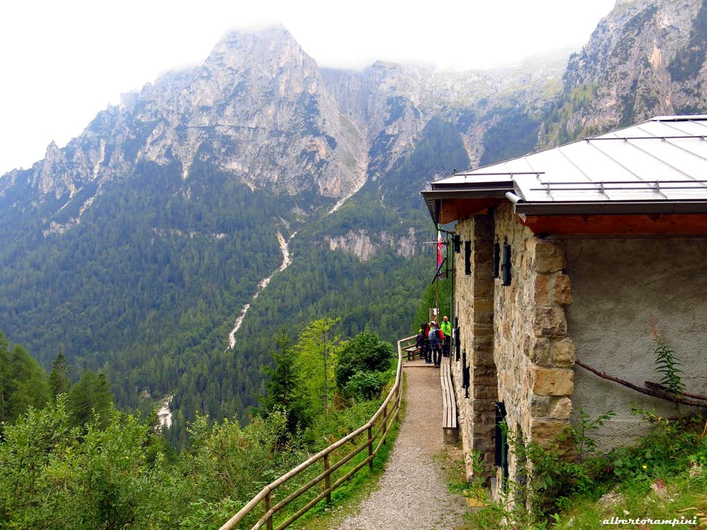 Rifugio Treviso in Val Canali