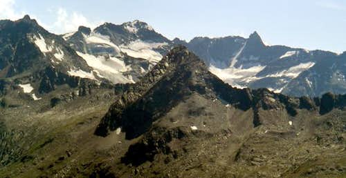 Southwards view of the head of Valeille <br>from the facing Col des Invergneux <i>2905m</i>