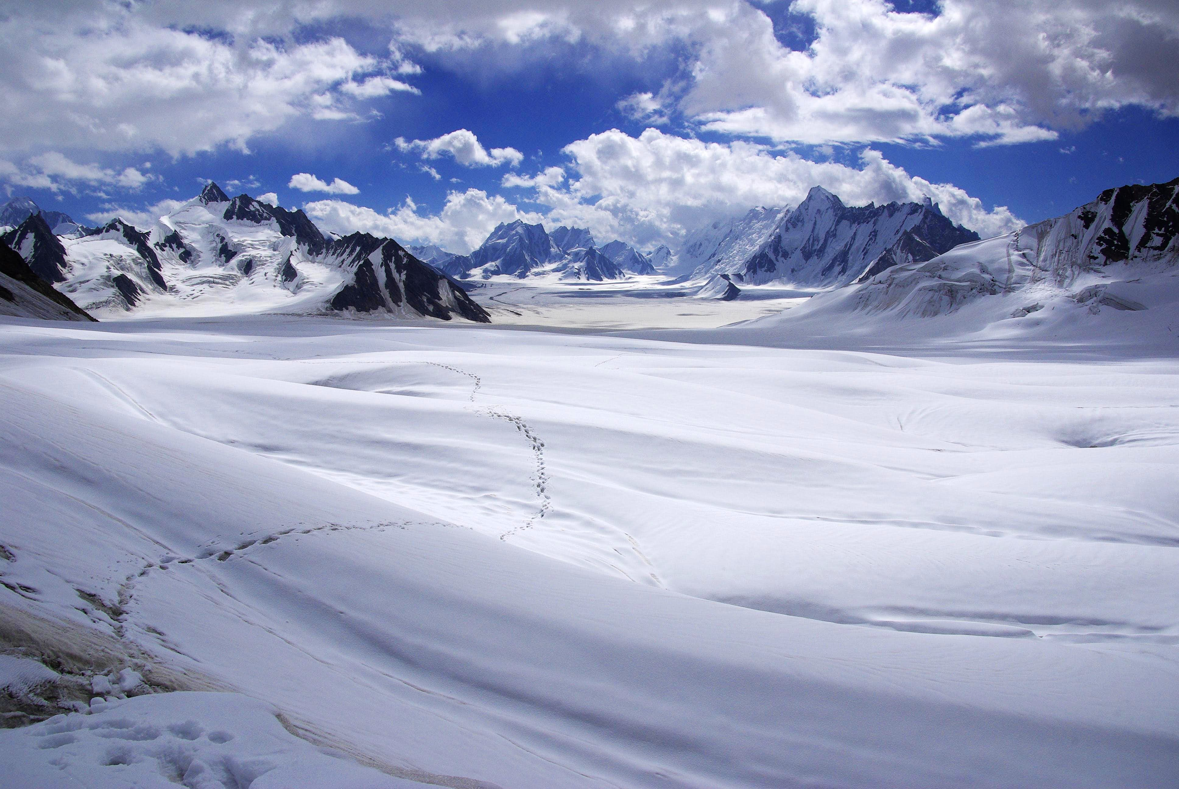 Biafo-Hispar (Snow lake) Trek