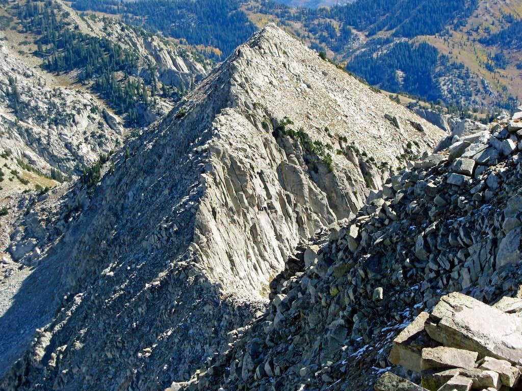 Bighorn Peak / Upper Bells Peak