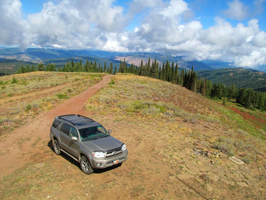 4Runner from Hawley lookout