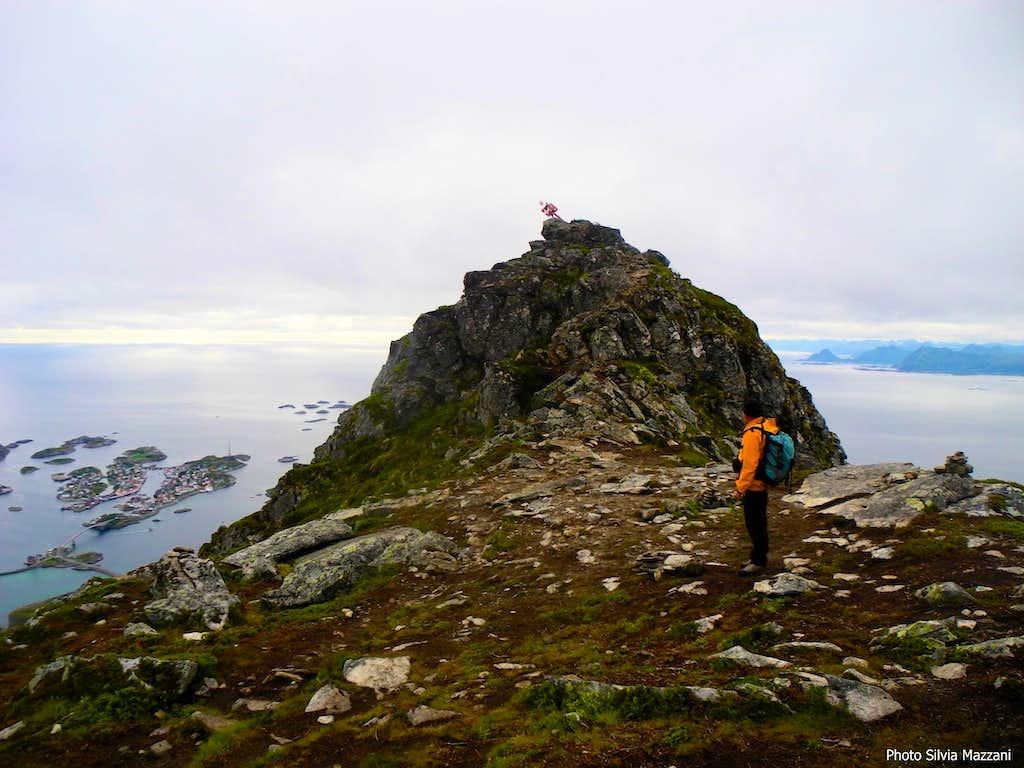 Festvågtinden, last steps before summiting