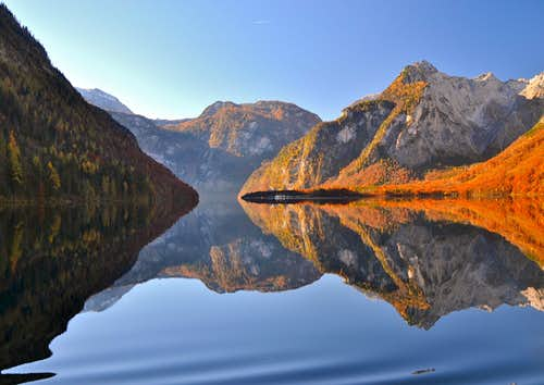 The Königssee lake in autumn