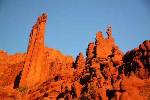 Alpenglow at Fisher Towers