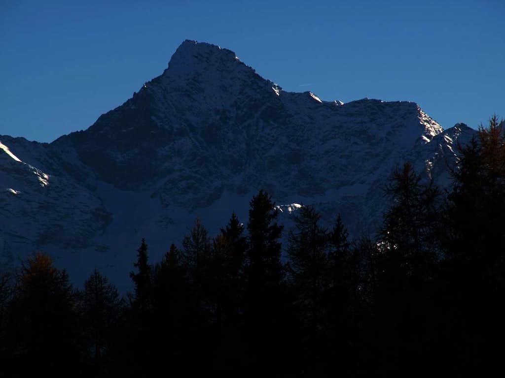 Dark Profiles Blacks Mont Emilius North Face 2015