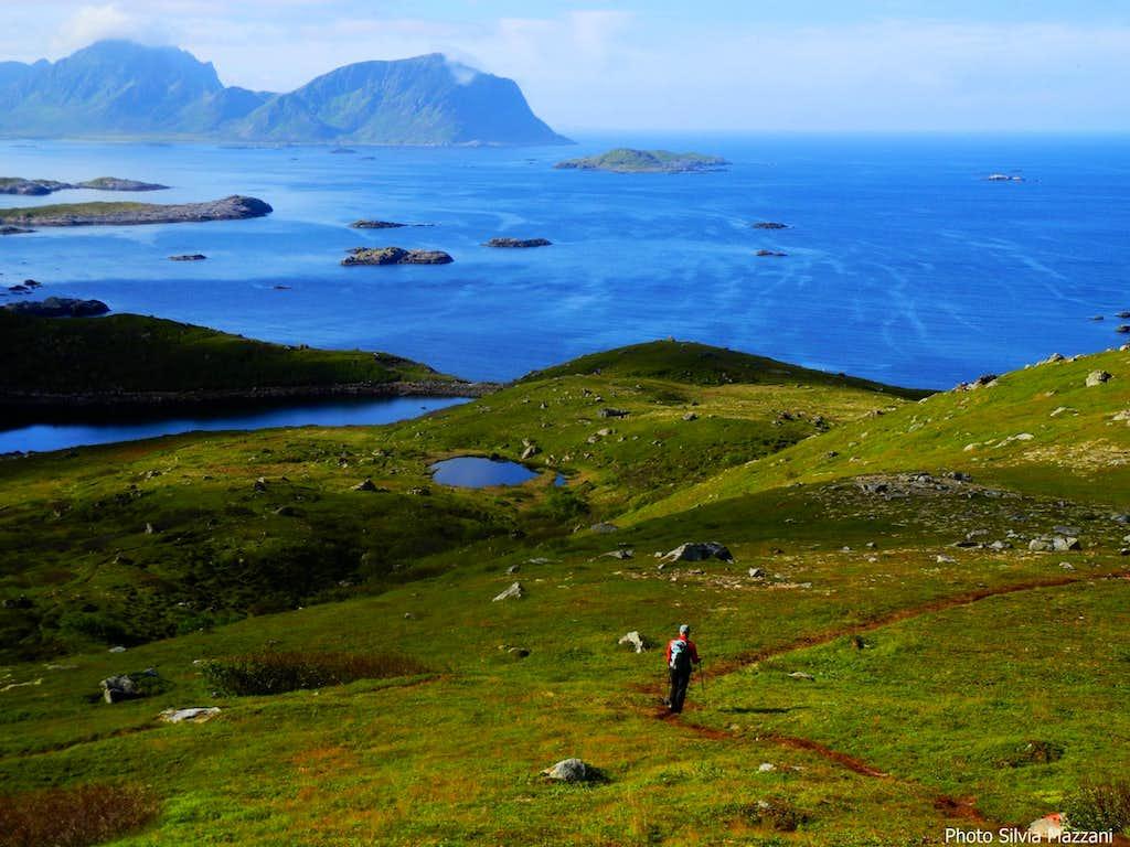 Lands' end on Northern Langøya, Dronningruta