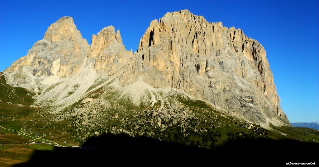 Sassolungo group at sunrise seen from the approach path