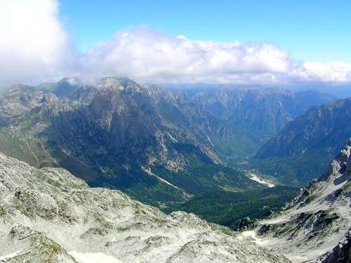 Valbona Valley from Maja Jezerce summit