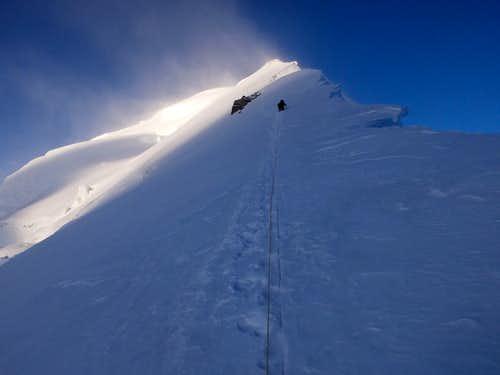 Kun Summit Ridge