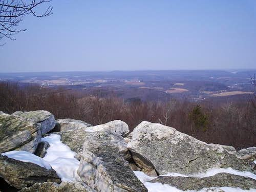Looking north into PA\'s ridge...