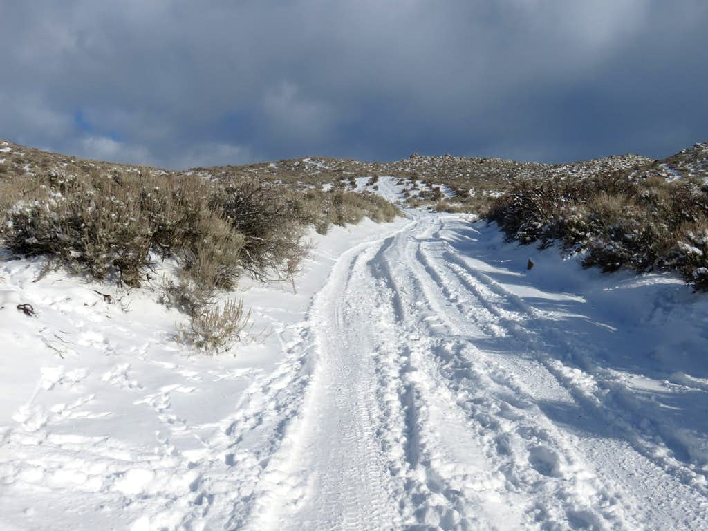 Road to Cottontail Mountain