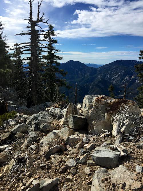 Twin Peaks and Waterman Mountain from Islip Ridge
