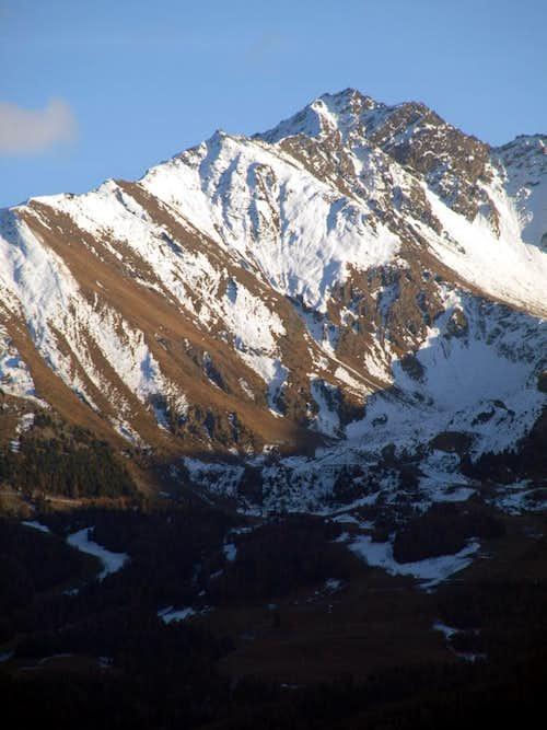 Mont Bellefaçe above <i>