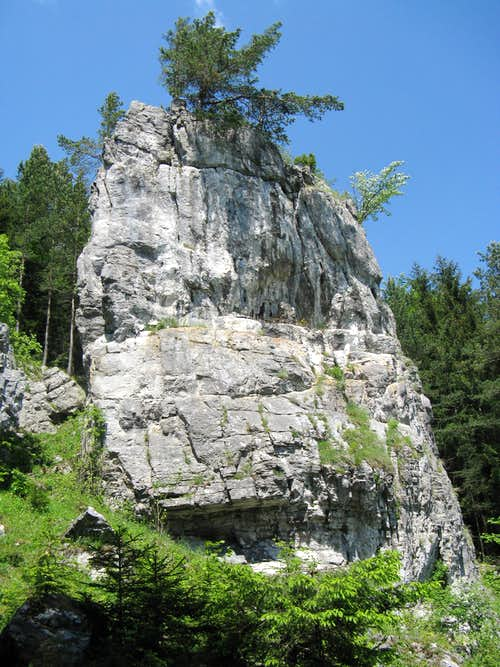 Krkavá Cliff