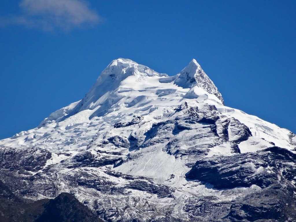Vallunaraju from Huaraz - december 2015