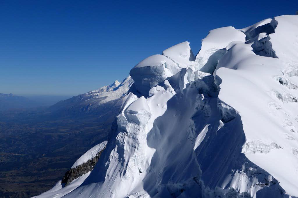 Vallunaraju - Broken Summit