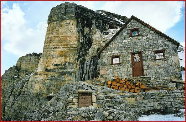 This is a picture of the hut...