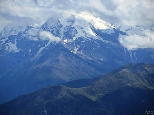 Zooming in on the Ortler from the Elferspitz