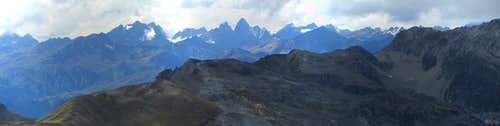 Elferspitz summit panorama to the WNW, towards the Silvretta Group