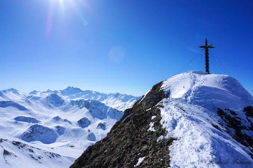 Greitzpitz Summit Cross with Fluchthorn (3398m)