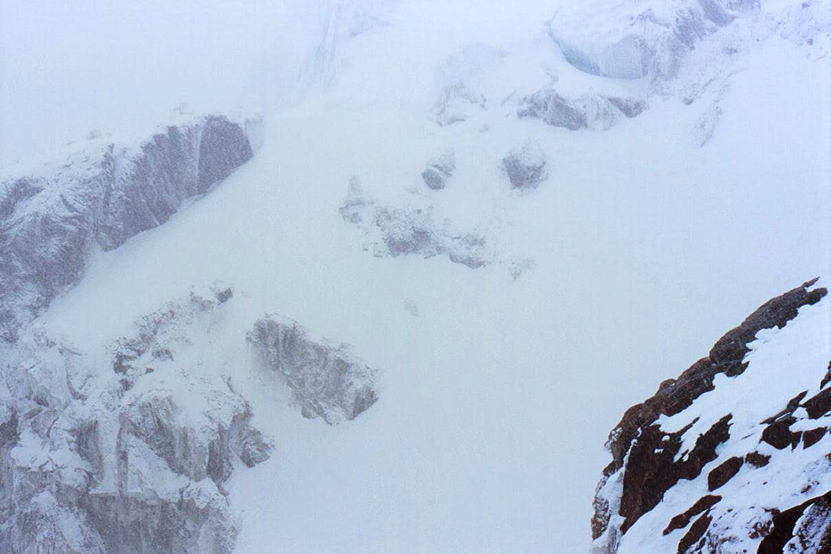 Solo Climber Survives Avalanche on Mt Rainier