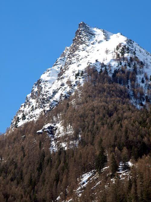 Becca D'Eytava or Dentavù (2598m) below Traso 2016
