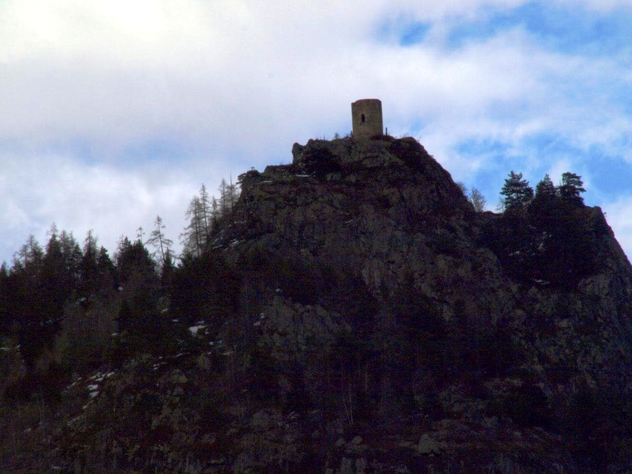 Hiking towards Tornalla\'s Tower in Valpelline