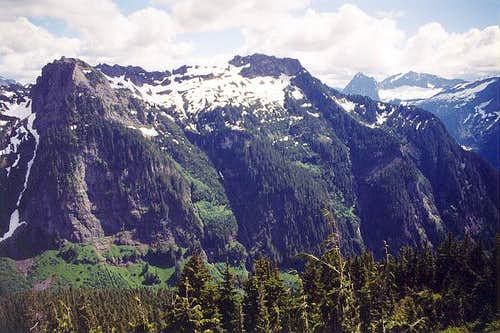 Mt. Dickerman (5,723 ft) to...